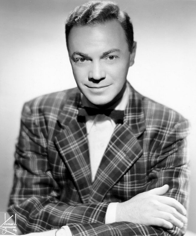 Photo of DJ Alan Freed who introduced some of the greatest guitar players in history on his radio show